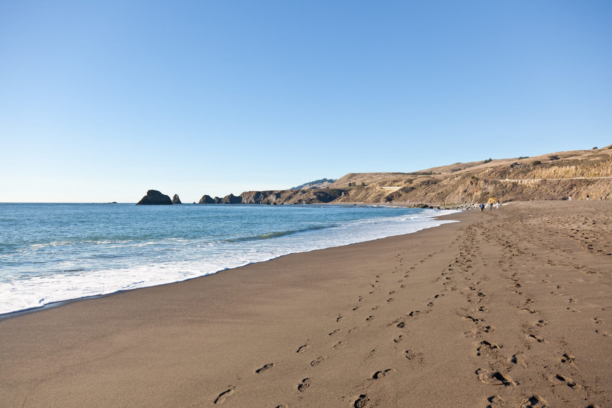 A picture of the sonoma beach